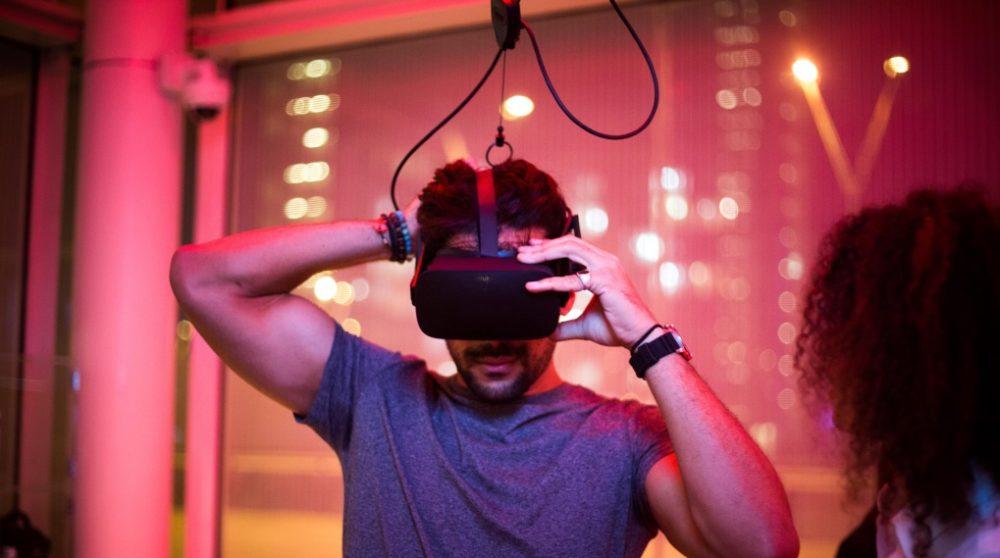 Virtual Reality Biograf / Filmz.dk