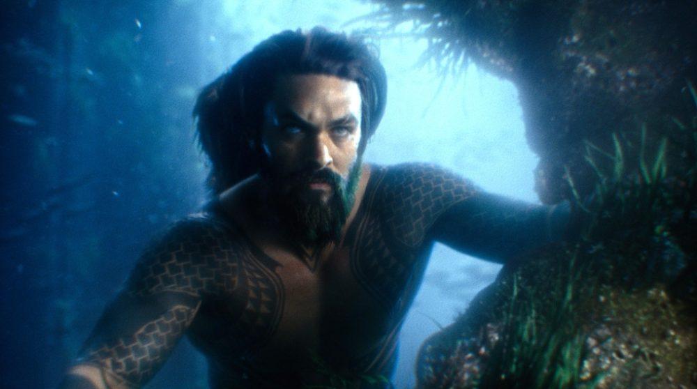 Aquaman taler under vand / Filmz.dk