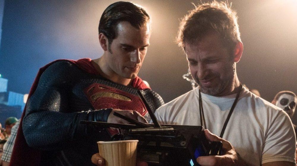 Zack SNyder hylder superman henry cavill / Filmz.dk