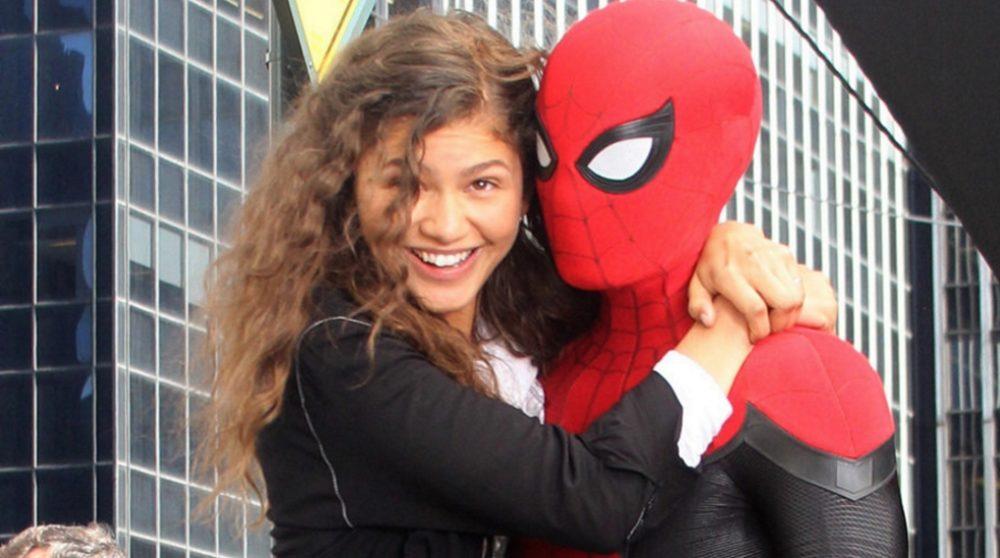 Spider-Man Far From Home sort dragt optagelse scene video / Filmz.dk