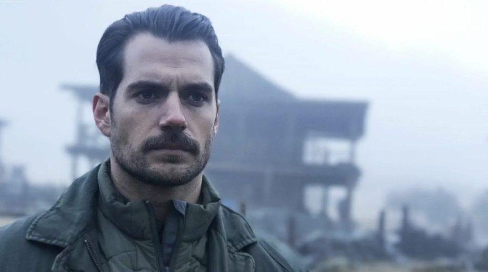 Henry Cavill Movember overskæg Mission Impossible fallout / Filmz.dk