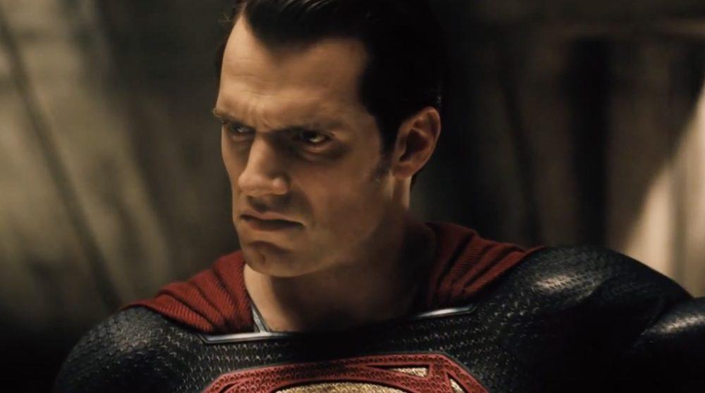Superman avengers derfor svær / Filmz.dk