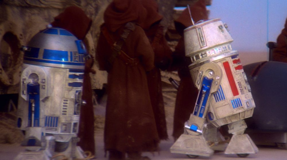 R5-D4 droid Star Wars The Mandalorian / Filmz.dk