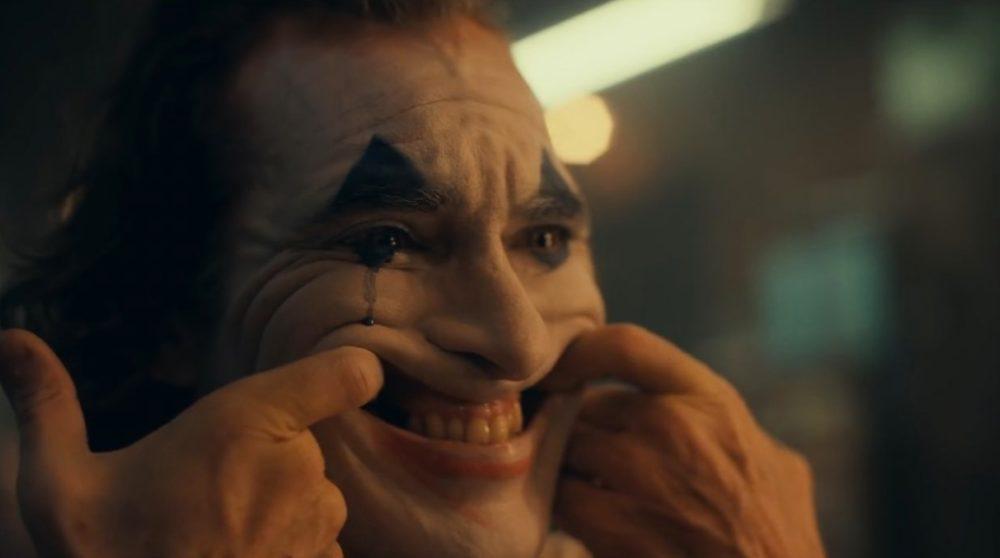 Joker Bruce Wayne / Filmz.dk