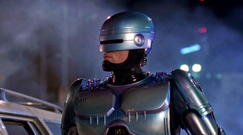 RoboCop Returns instruktør / Filmz.dk