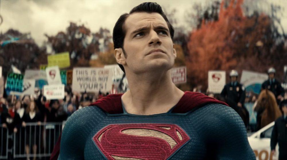 Superman Henry Cavill Black Adam / Filmz.dk