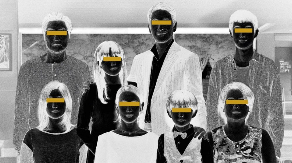 Parasite sort hvid udgave biograf premiere danmark dansk / Filmz.dk