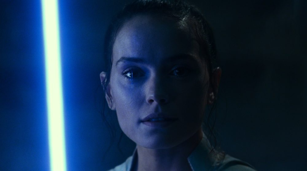 Star Wars The Rise of Skywalker Rey far klon / Filmz.dk