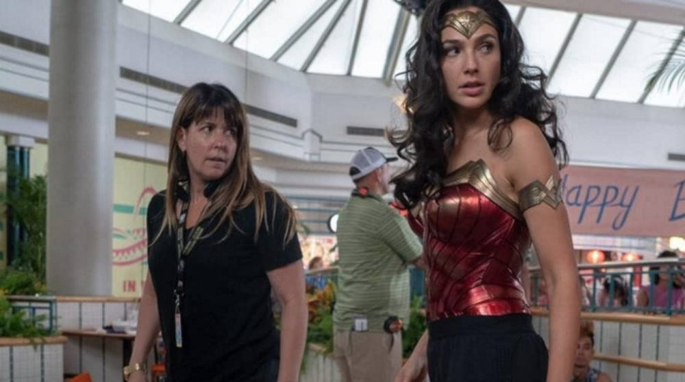 Wonder Woman 1984 overvejer streaming premiere corona / Filmz.dk