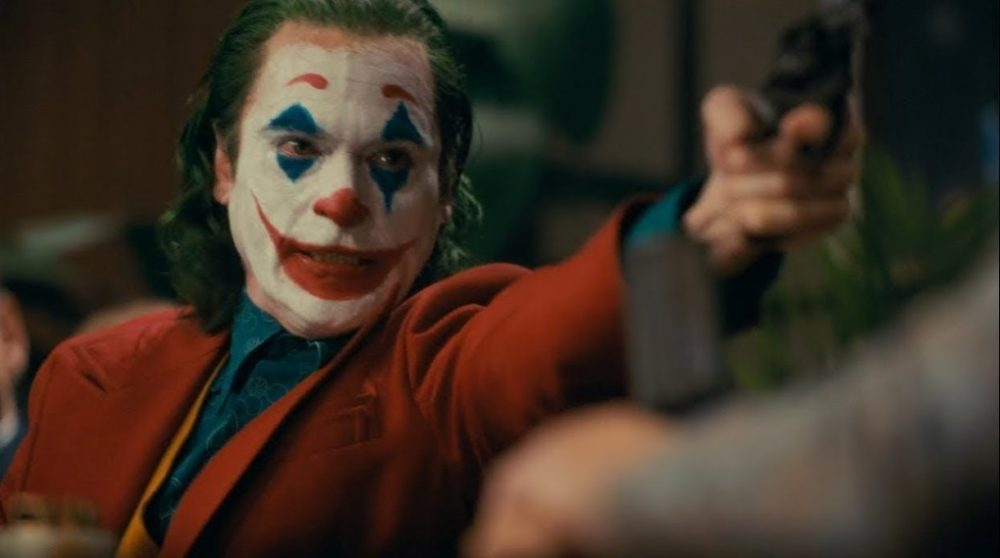 Joker klager vold / Filmz.dk