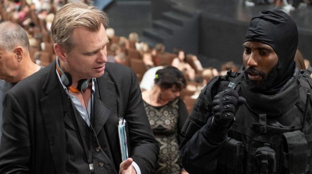 Tenet premiere skifter mening ny melding danmark / Filmz.dk