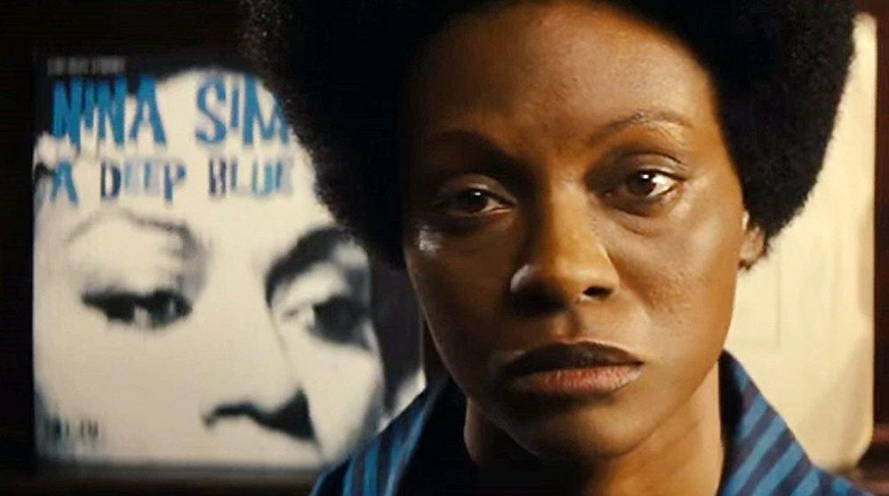 Nina Zoe Saldana undskyld blackface racisme / Filmz.dk