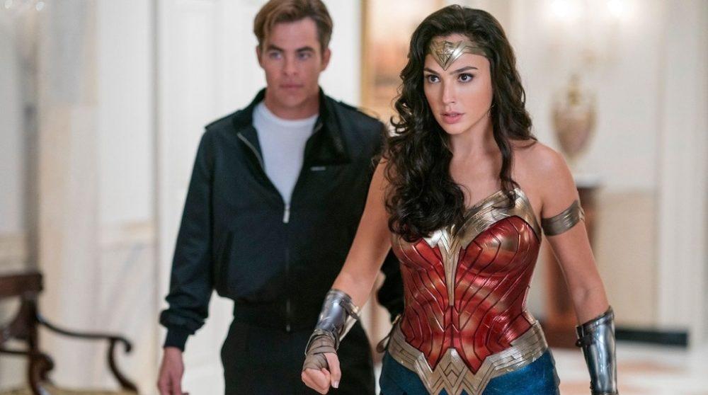 Wonder Woman 1984 tåbeligt med premiere / Filmz.dk