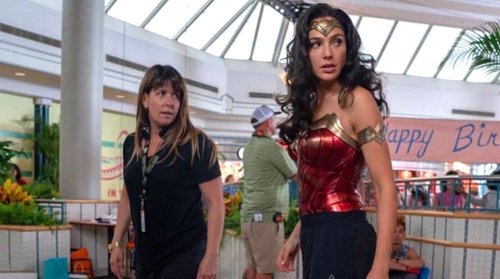 Patty Jenkins Wonder Woman 1984 tvivler premiere dato / Filmz.dk