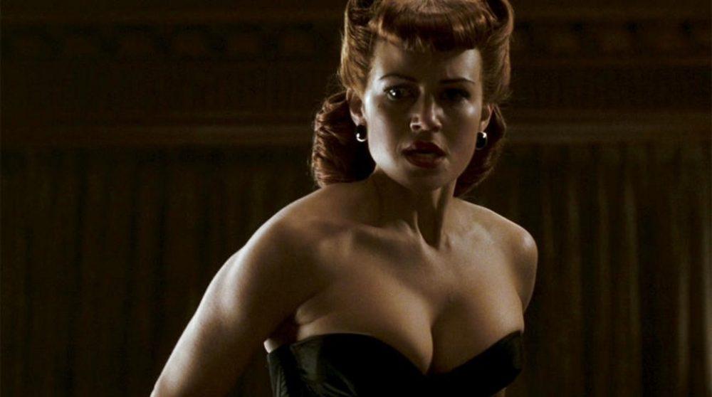 Carla Gugino Catwoman / Filmz.dk